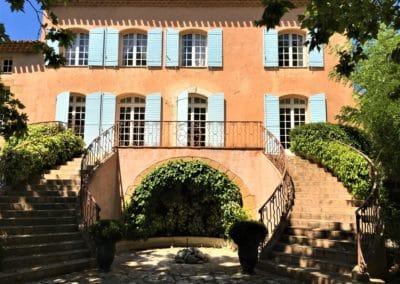 Provence Wine Tours - Château Vignelaure's facade, Coteaux d'Aix-en-Provence