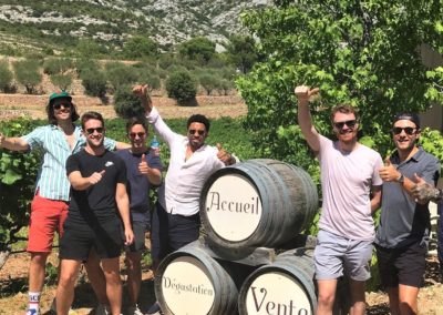 Provence Wine Tours - Happy fews on a private wine tour in a winery of Sainte-Victoire